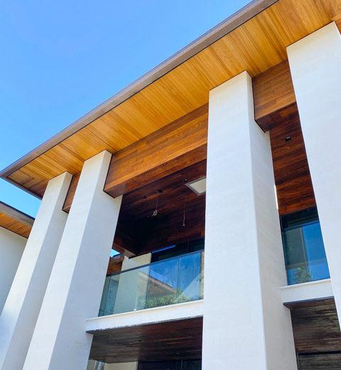 aqua-azure-residence-columns